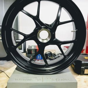 V4 Base rear wheel